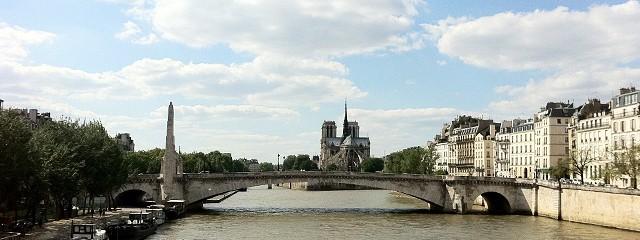 パリの週末 のみの市